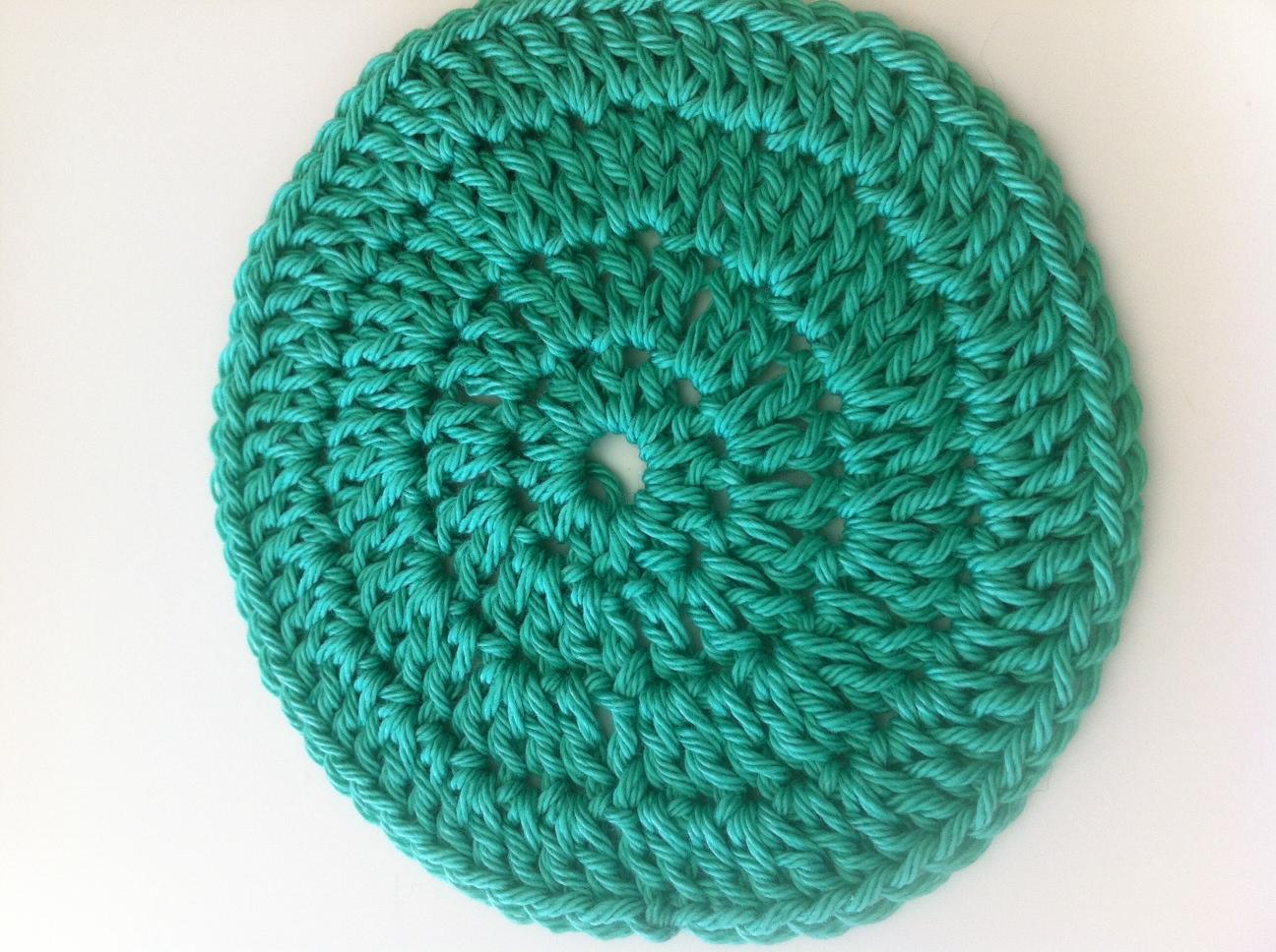 Crochet modele gratuit accessoire tendance pour la maison - Modele mitaine tricot facile ...