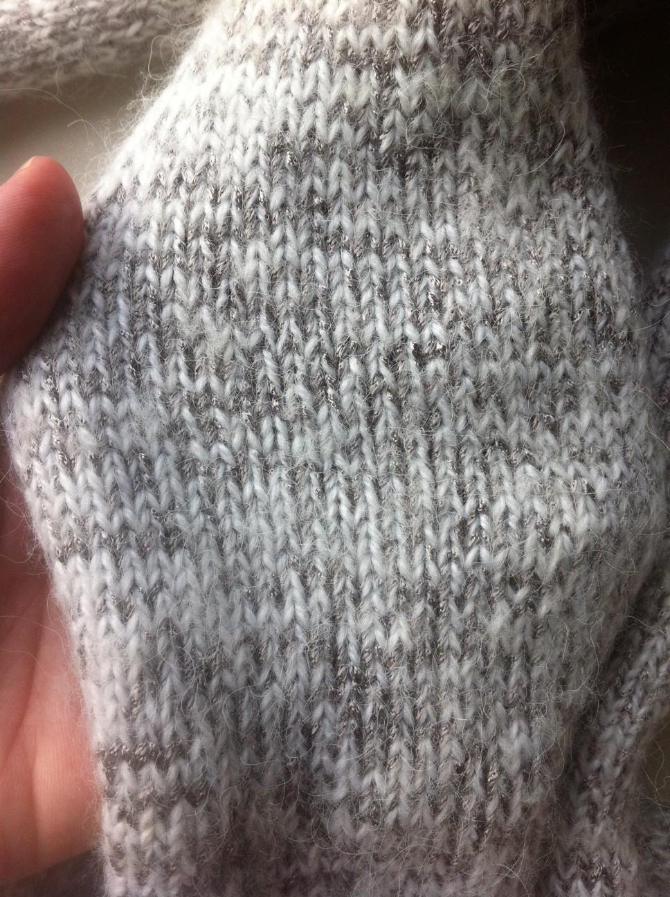 ad0abda20bb4 Tricoter une écharpe au point jersey…